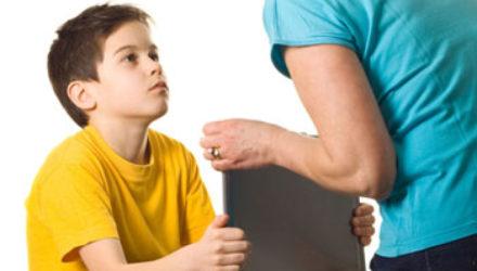 Подростки и интернет: поведение родителей